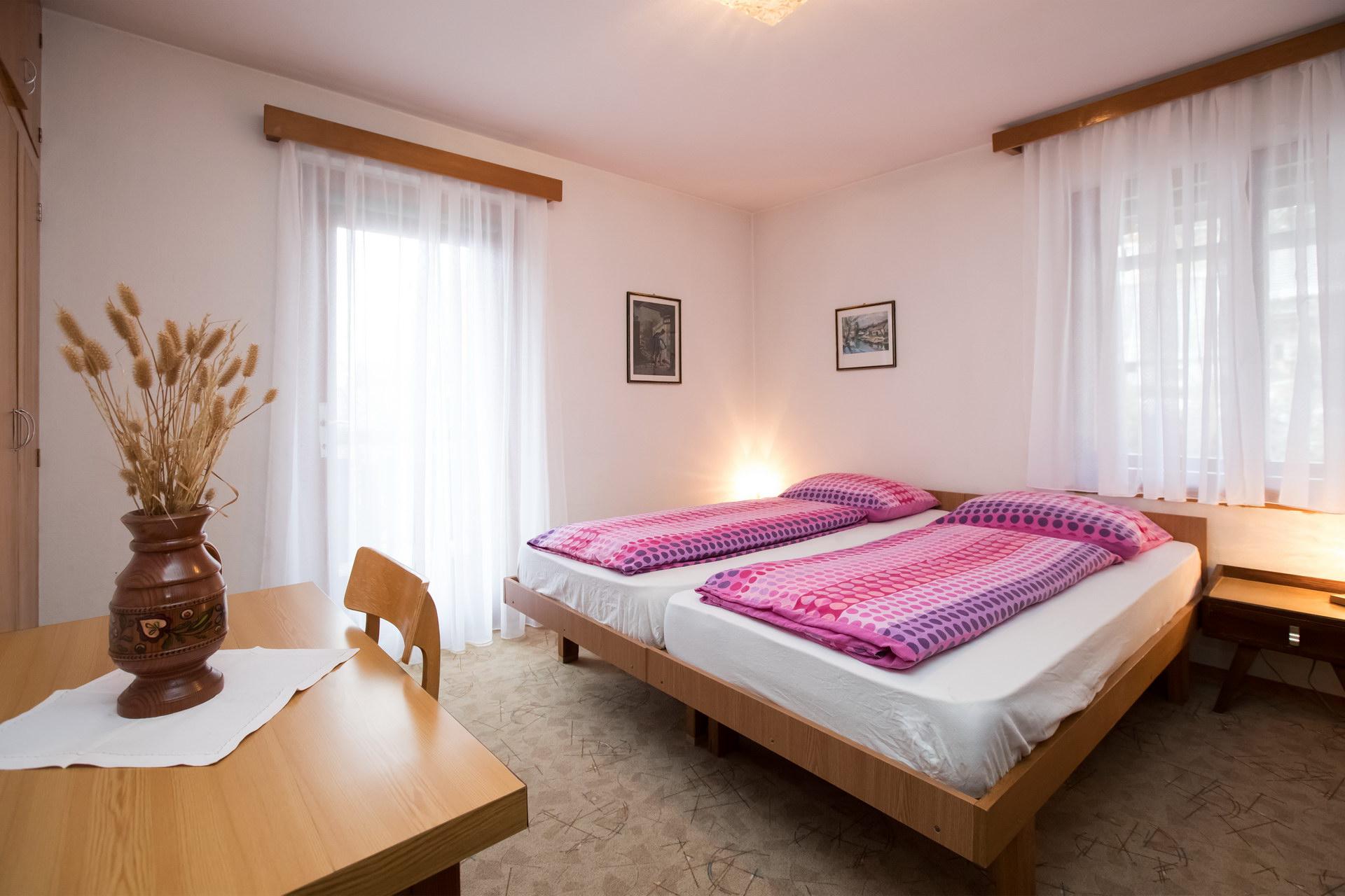Zasebne sobe in apartma Andrej Odar